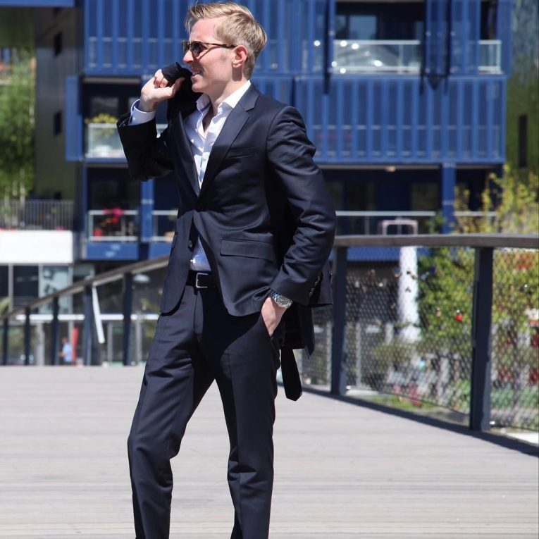Hugo Boss Suits 38