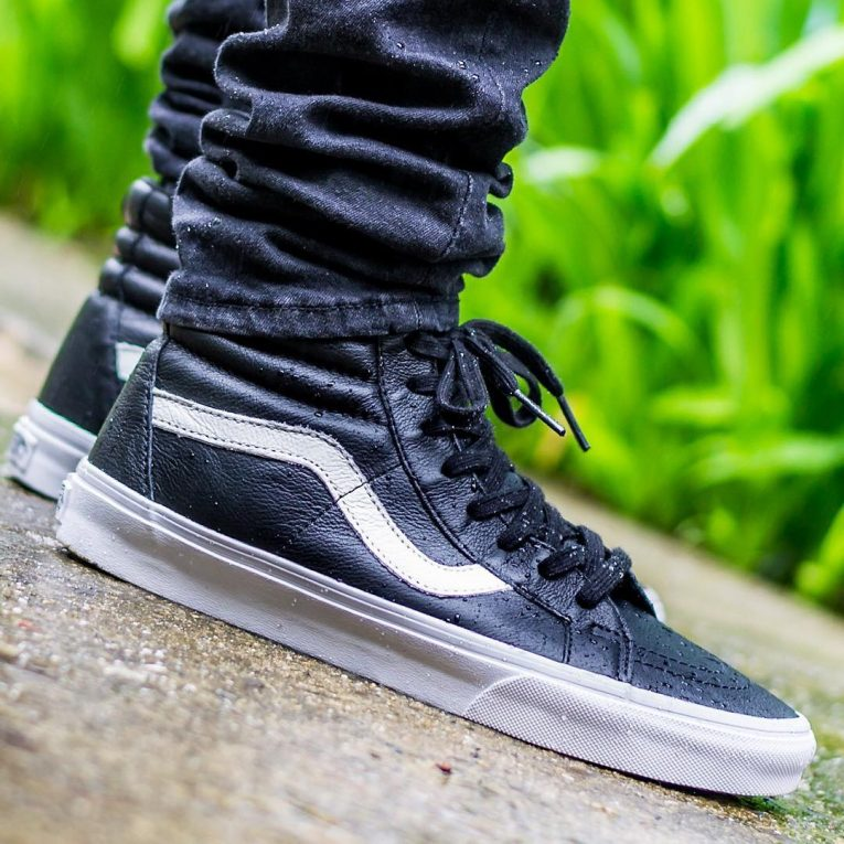 137f99288f0334 40 Ways to Style Vans Shoes - The New Generation Designer Footwear