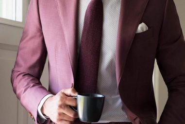 40 Eye-Catching Maroon Suits That You Should Wear This Year