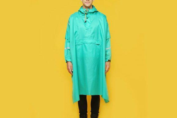 40 Ways To Style Waterproof Coats – The Hard-Core Look