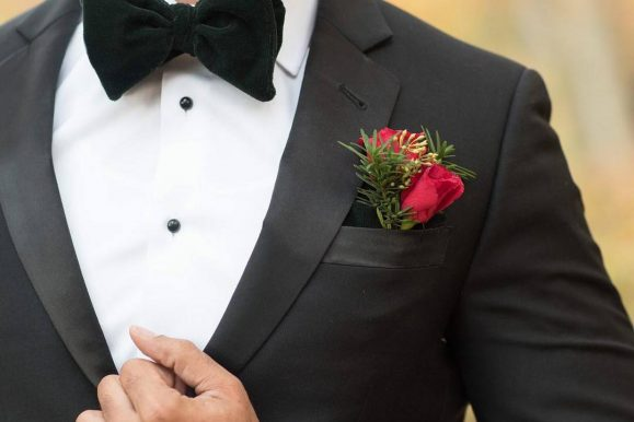 30 Ideas to Style Black Bow Tie – The Outstanding Detail