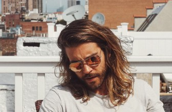 55 Cool Shoulder Length Hairstyles for Men – The Elegance in Medium Length Hair