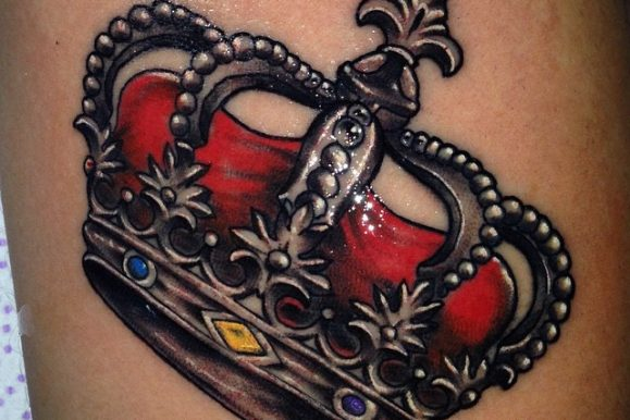 80 Captivating Crown Tattoo Design Ideas – The Intriguing and Powerful Symbol