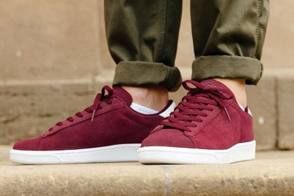 40 Ways To Style Burgundy Shoes – Adding Color to Your Look